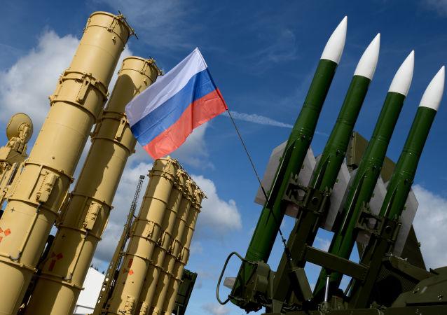 منظومات صواريخ إس – 300