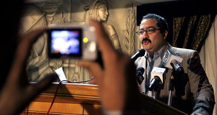 الكاتب الصحفي والروائي المصري إبراهيم عيسى