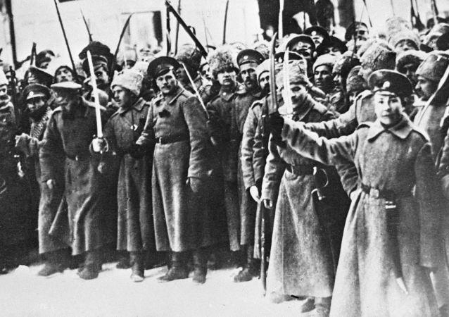 المشاركون في ثورة فبراير البرجوازية الديموقراطية، عام 1917