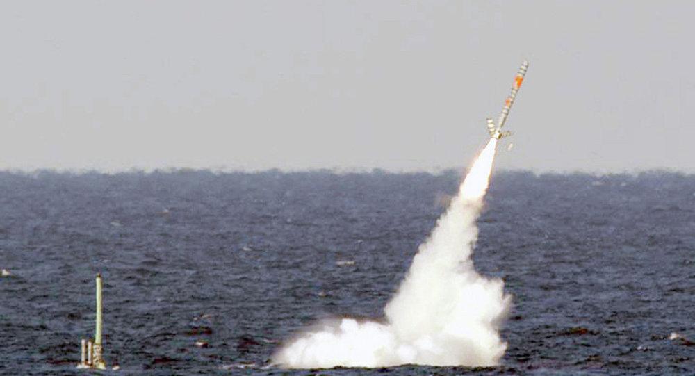 إطلاق صاروخ توماهوك