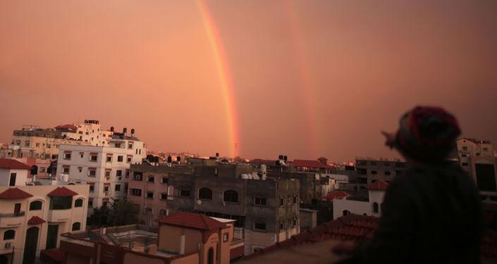قوس قزح، قطاع غزة، فلسطين 15 فبراير/ شباط 2017