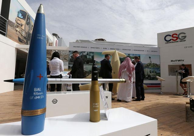 معرض آيدكس الدولي للسلاح والمعدات العسكرية في أبو ظبي، الإمارات العربية المتحدة 19 فبراير/ شباط 2017