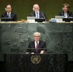 ممثل روسيا الدائم لدى الأمم المتحدة فيتالي تشوركين بمقر الأمم المتحدة، 13 أكتوبر/ تشرين الأول 2013