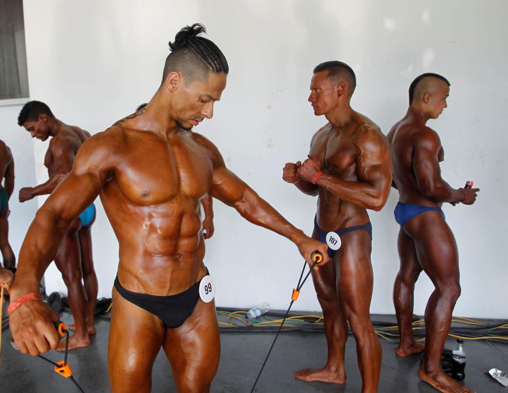 المشاركون في مسابقة  لكمال الأجسام مستر أوليمبيا أماتور بأمريكا الجنوبية (Mr. Olympia Amateur South America)، كولومبيا