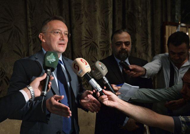 ألكسندر كينشاك السفير الروسي في دمشق