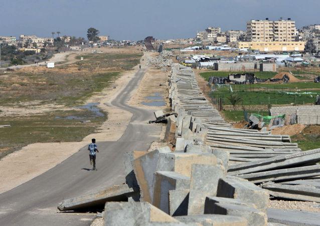 الجدار الفاصل ما بين الحدود الفلسطينية المصرية جنوب قطاع غزة، 2008