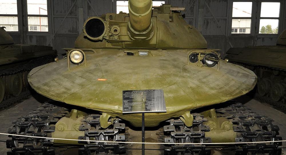 دبابة سوفيتية أبيكت 279