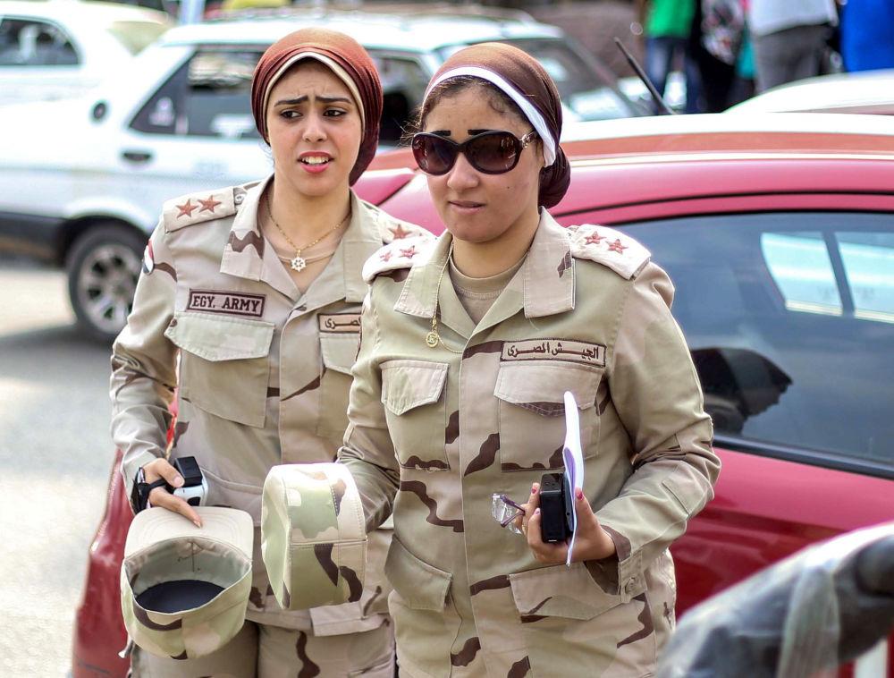 جنديات مصريات في قوات الجيش المصري بالقاهرة، مصر 18 أكتوبر/ تشرين الأول 2015