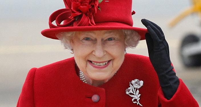 الملكة اليزابيث الأم ملكة بريطانيا