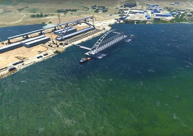 شاهد كيف يتم تركيب جسر القرم في لمحة بصر
