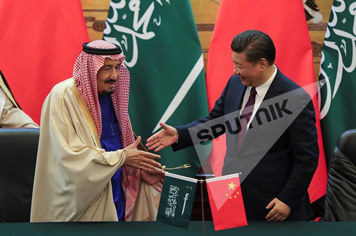 الرئيس الصيني والملك سلمان في قاعة الشعب الكبرى