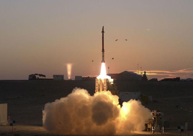 إطلاق صاروخ اعتراضي في إسرائيل