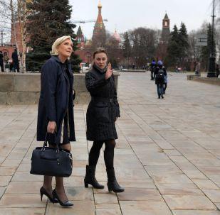 زيارة المرشحة الفرنسية ماري لوبان إلى روسيا للقاء الرئيس فلاديمير بوتين