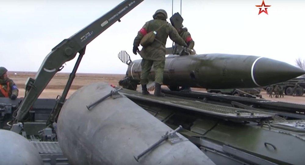 إطلاق صواريخ روسية استراتيجية