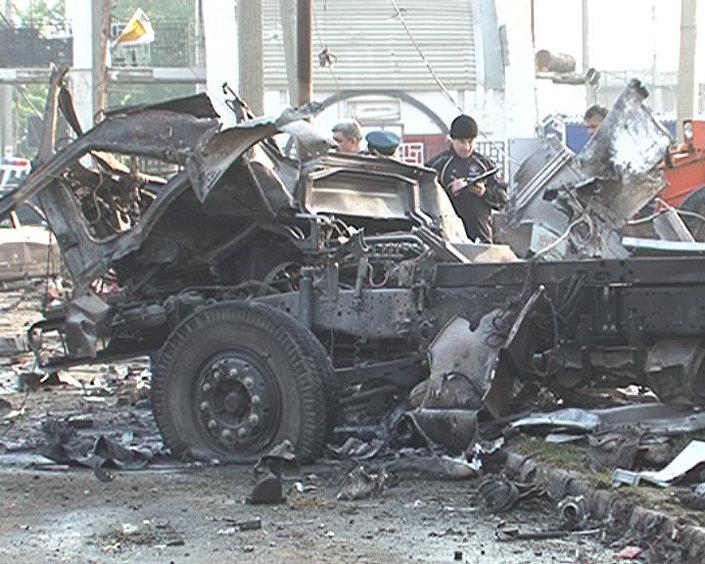 عملية إرهابية ثنائية بالقرب من مركز شرطة في ماخاتشكالا، 3 مايو/ آذار 2012