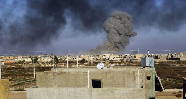 القصف الجوي قبل طيران التحالف الدولي
