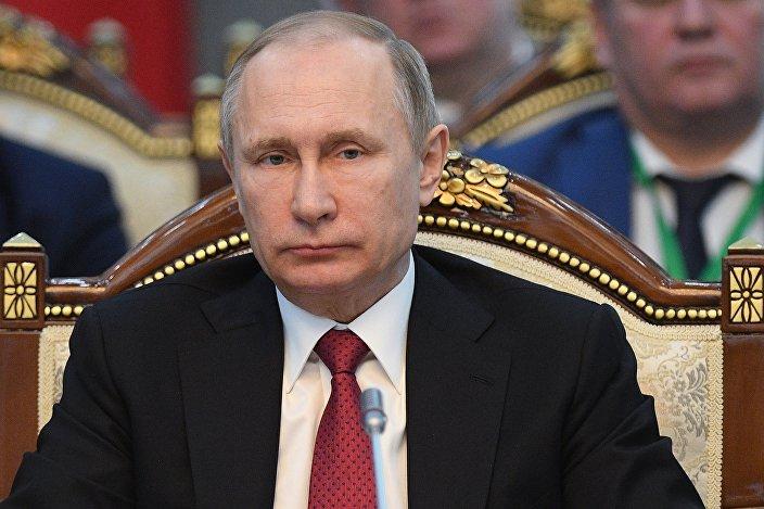 الرئيس الروسي فلاديمير بوتين في قيرغيزستان