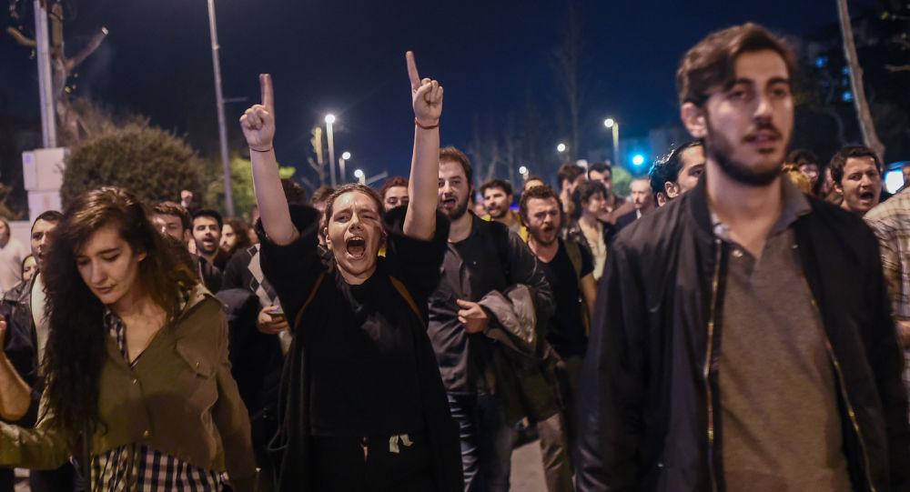تركيا الاستفتاء - الرافضون للاستفتاء الدستوري في تركيا