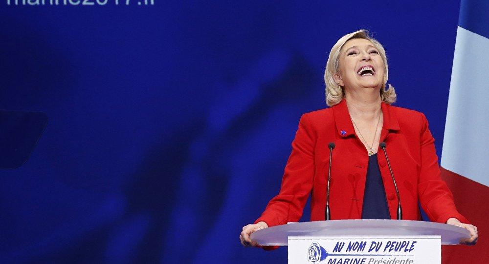 مرشحة الرئاسة الفرنسية مارين لوبان