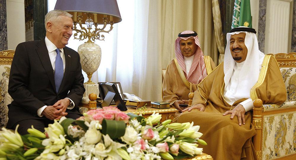 العاهل السعودي يبحث مع وزير الدفاع الأميركي تعزيز العلاقات الاستراتيجية
