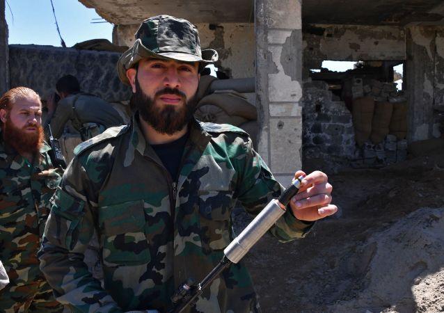 الوضع في دير الزور، سوريا - جيش الحرس الجمهوري السوري