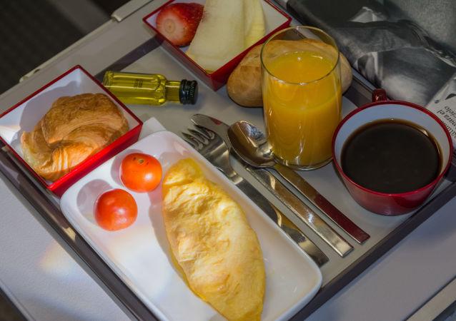 وجبة في الطائرة