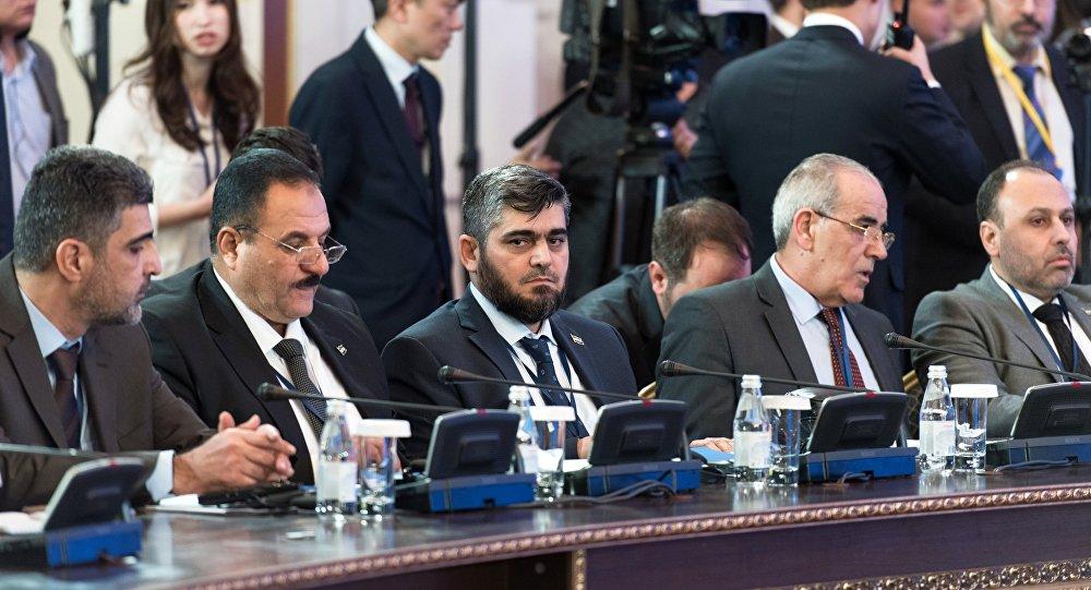 مشاركون في مباحثات أستانا حول التسوية السورية
