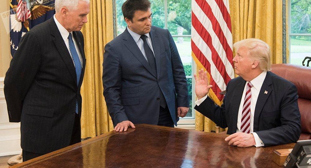 ترامب مع وزير الخارجية الأوكراني بافيل كليمكين