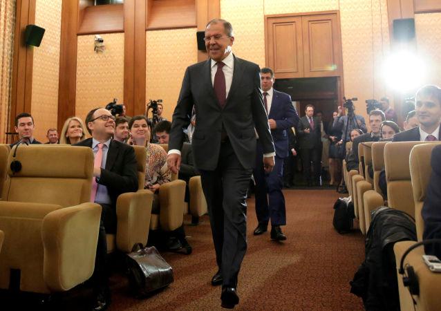 وزير الخارجية الروسي سيرغي لافروف في السفارة الروسية في واشنطن 10 مايو/ آيار 2017