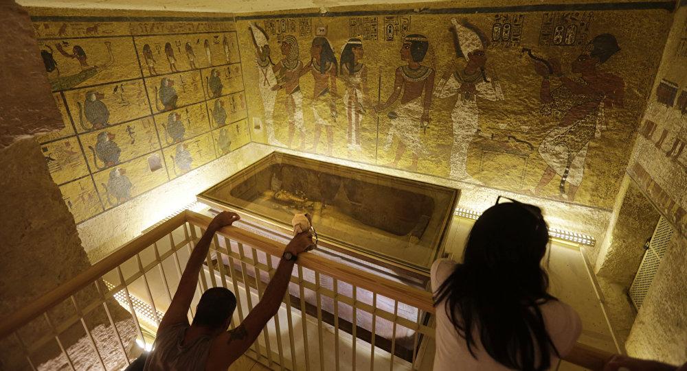 مقبرة توت عنخ آمون