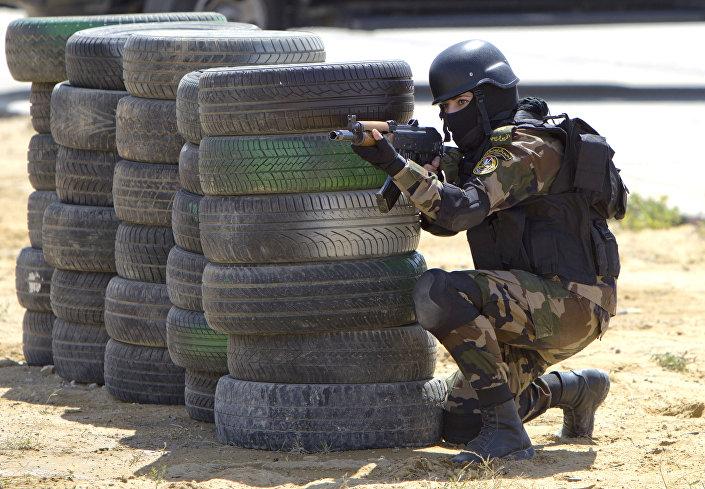 الفرقة النسائية في قوات الحرس الرئاسي الفلسطيني بمدينة أريحا، الضفة الغربية، فلسطين 6 ابريل/ نيسان 2014