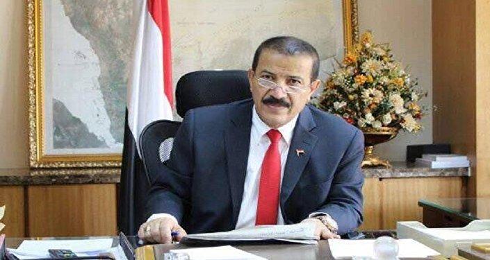 وزير خارجية حكومة الإنقاذ اليمنية هشام شرف