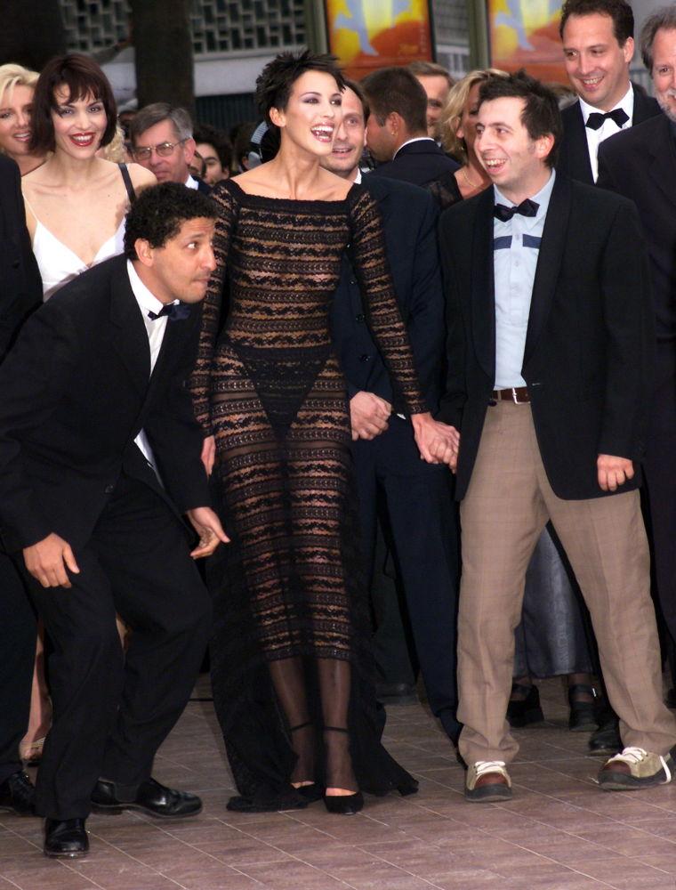 الممثلتان الفرنسيتان سمان (شمال) و ميشال مولير (يمين) في مهرجان كان السينمائي