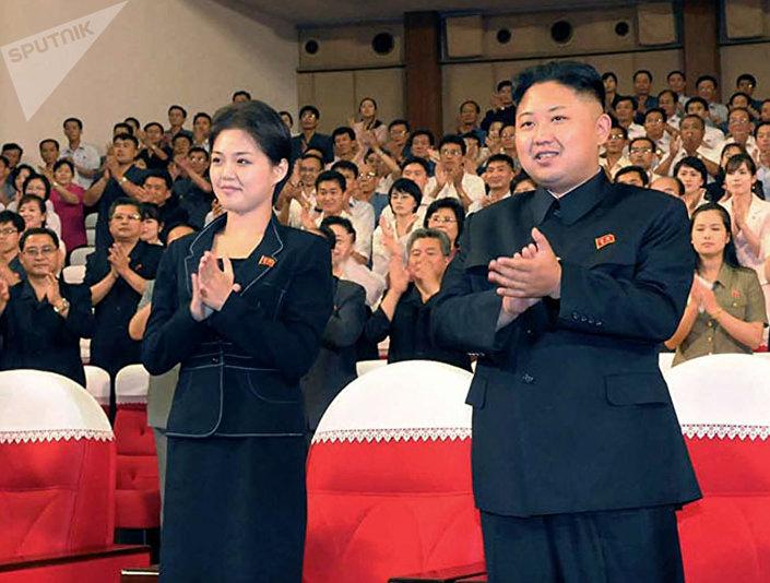 كيم جون أون مع قرينته