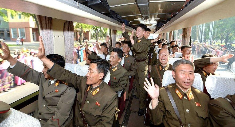 علماء البرنامج الصاروخي في كوريا الشمالية