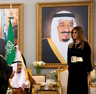 ميلانيا ترامب والملك سلمان