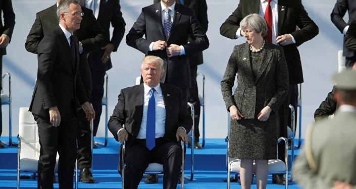 ترامب وتريزا ماي وأمين عام حلف الناتو