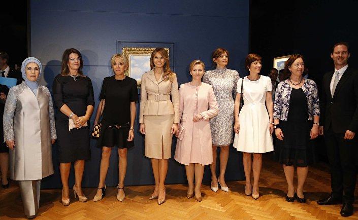 السيدات الأول لزعماء حلف الناتو في متحف ماغريت ببروكسيل
