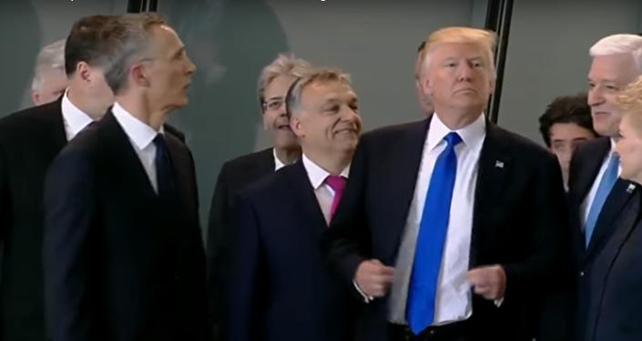 ترامب وموقف طريف جديد