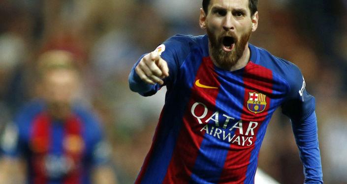 لاعب فريق برشلونة ليونيل ميسي