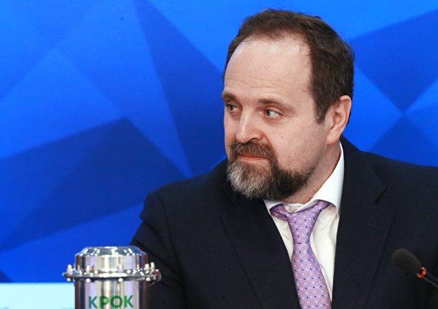 وزير الموارد الطبيعية والبيئة الروسي، سيرغي دونسكوي،