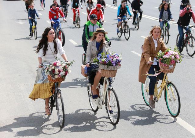مهرجان روسيا لركوب الدراجات الهوائية في موسكو