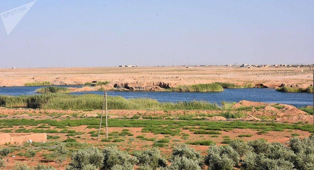 سبوتنيك توثق سيطرة الجيش السوري والقوات الرديفة على عمق 40 كم من ريف الرقة الجنوبي الغربي ريف الرقة، سوريا