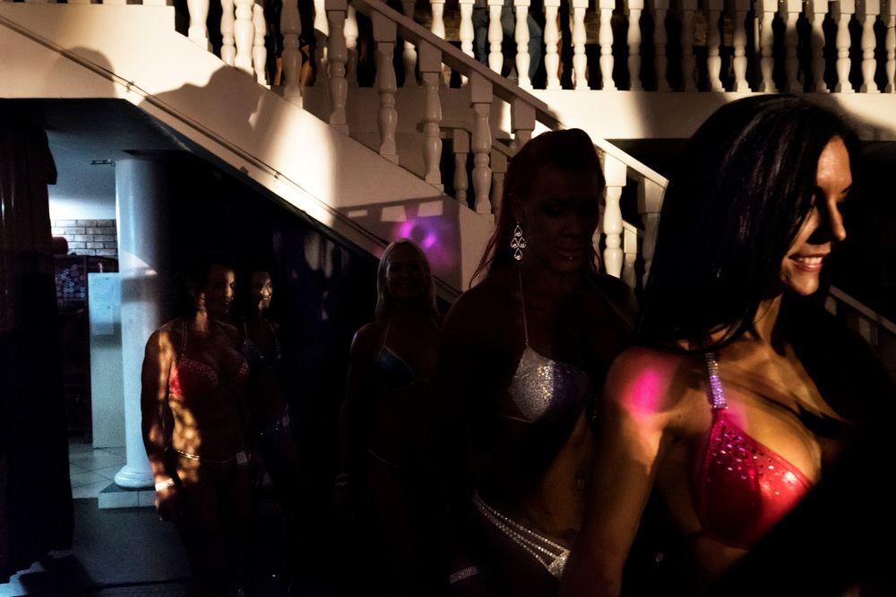 متسابقة في اللياقة البدنية لملكة جمال إس أي إكستريم وكمال الأجسام في جنوب أفريقيا