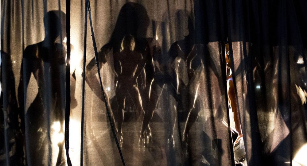 المتسابقة في اللياقة البدنية ملكة جمال إس أي إكستريم وكمال الأجسام في جنوب أفريقيا