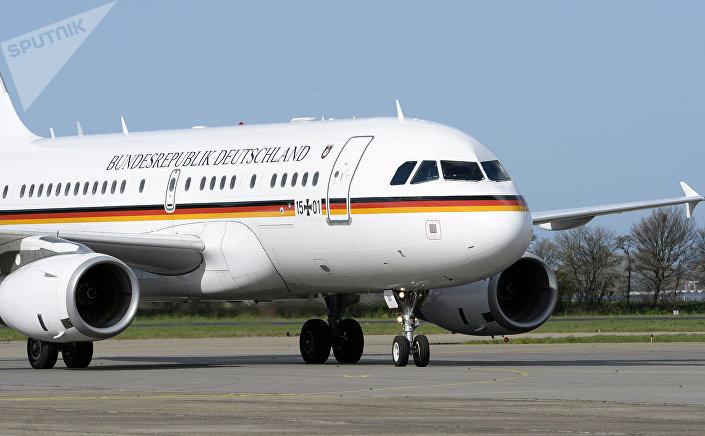طائرة المستشارة  الألمانية أنغيلا ميركل