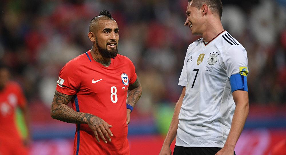 لقاء المنتخبيا الألماني و التشيلي في كأس القارات