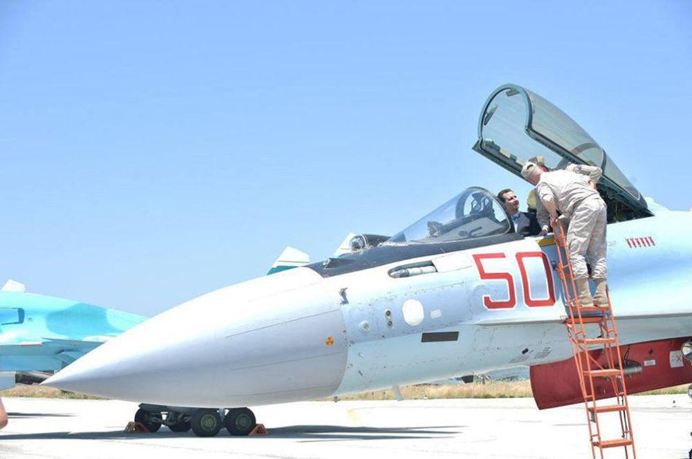 زيارة الرئيس السوري بشار الأسد لقاعدة حميميم الروسية في اللاذقية