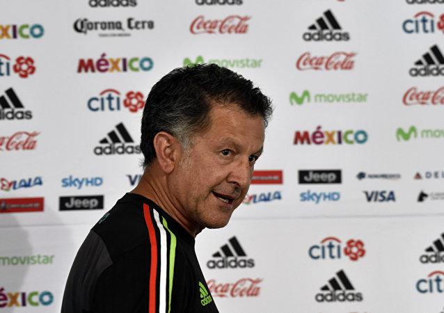 مدرب المكسيك أوسوريو