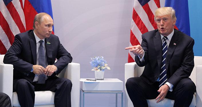 بوتين خلال لقاء ترامب